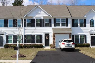 Millville Condo/Townhouse For Sale: 36446 Ridgeshore Lane