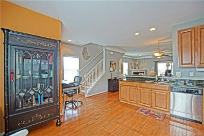 Rehoboth Beach Condo/Townhouse For Sale: 19909 Ames Dr