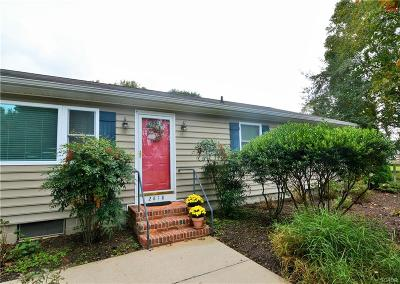 Single Family Home For Sale: 2618 York