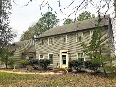 Seaford Single Family Home For Sale: 916 Midway Ln