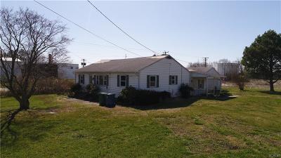 Single Family Home For Sale: 100 Draper Street