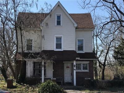 Single Family Home For Sale: 312 S Walnut Street