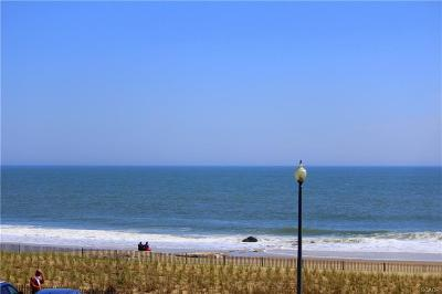 North Rehoboth Condo/Townhouse For Sale: 527 N Boardwalk #206