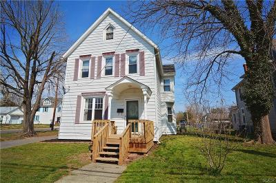 Milford Single Family Home For Sale: 221 N Walnut Street