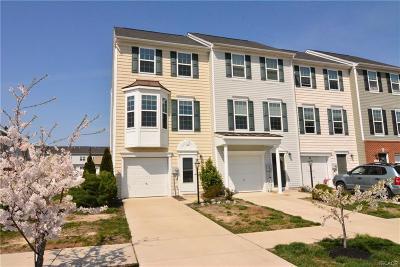 Condo/Townhouse For Sale: 20743 Brunswick Lane