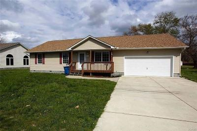 Greenwood Single Family Home For Sale: 209 1st
