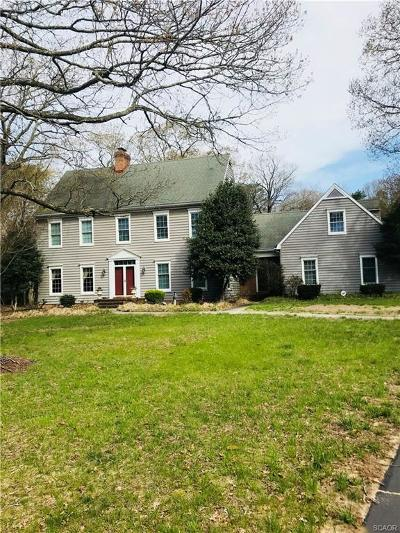 Single Family Home For Sale: 5 Greenleaf