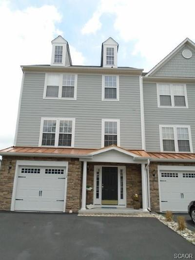 Millville Condo/Townhouse For Sale: 12 Heron