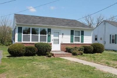 Single Family Home For Sale: 502 N Smith Avenue