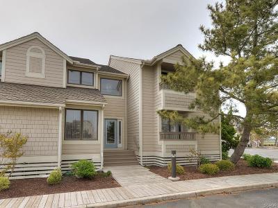Condo/Townhouse For Sale: 40062 Grant Drive #53