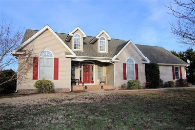 Milford Single Family Home For Sale: 100 Matthews