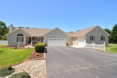 Milton Single Family Home For Sale: 7 N Aquarius Drive