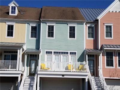 Condo/Townhouse For Sale: 33502 Marina Bay Circle #44