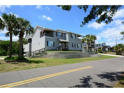 Fernandina Beach Condo/Townhouse For Sale: 2505 B W 5th Street #2505B
