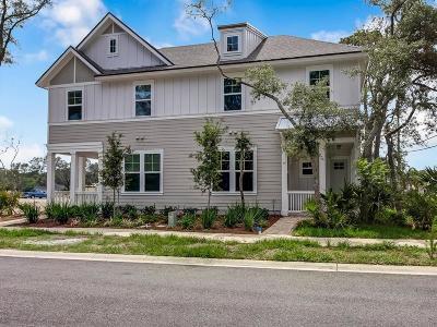 Fernandina Beach Single Family Home For Sale: 1419 Coastal Oaks Drive