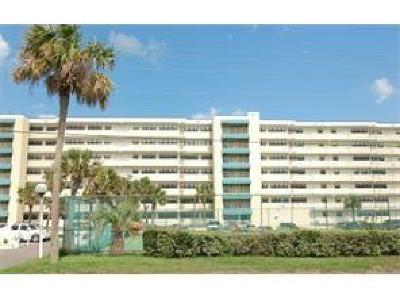 Fernandina Beach Condo/Townhouse For Sale: 3240 S Fletcher Avenue #558