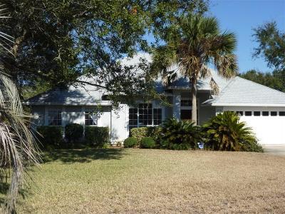 Fernandina Beach Single Family Home For Sale: 2525 Caprice Lane