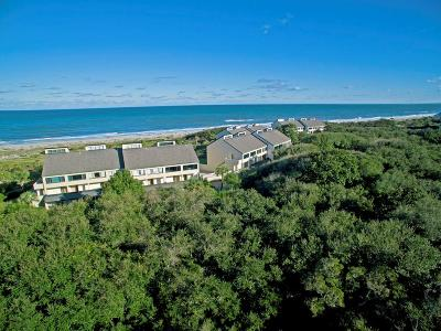Fernandina Beach, Fernandina Beach/amelia Island, Yulee Condo/Townhouse For Sale: 1016 Captains Court Drive