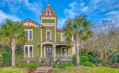 Old Town Single Family Home For Sale: 212 Estrada Street