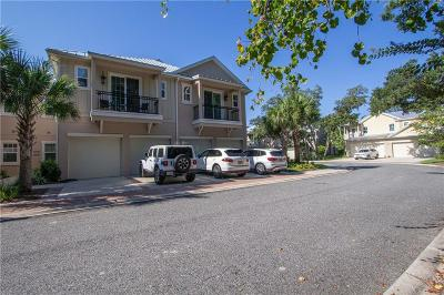 Fernandina Beach Condo/Townhouse For Sale: 95282 Summerwoods Circle #607
