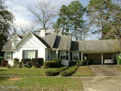 Holmes County Single Family Home For Sale: 117 Midway Street