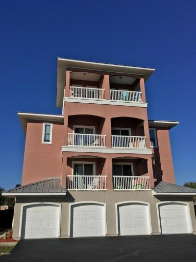 Condo/Townhouse For Sale: 22454 Front Beach