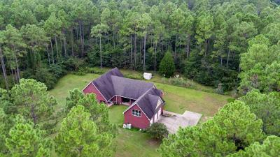 Holmes County Single Family Home For Sale: 2842 Highway 2