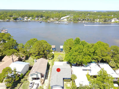 Panama City Single Family Home For Sale: 6608 S Lagoon Drive