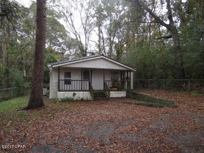 Holmes County Single Family Home For Sale: 906 N Cotton Street
