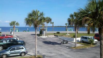 Panama City Condo/Townhouse For Sale: 6700 Oakshore 209 Drive #209