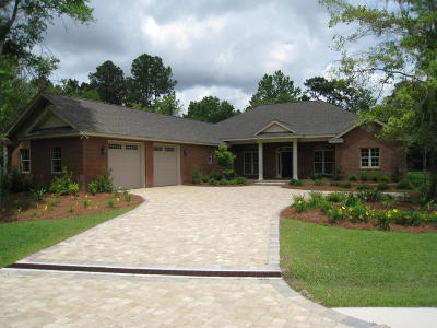 Bay County Single Family Home For Sale: 809 College Oaks Lane