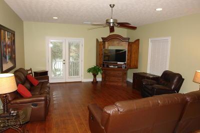 Panama City Beach FL Condo/Townhouse For Sale: $249,900