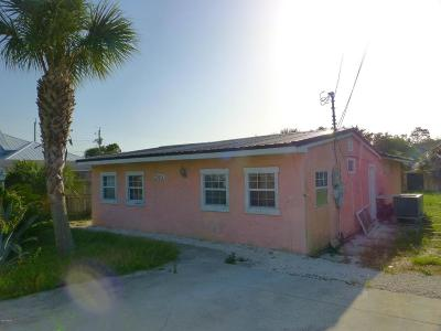 Single Family Home For Sale: 205 Oleander Drive