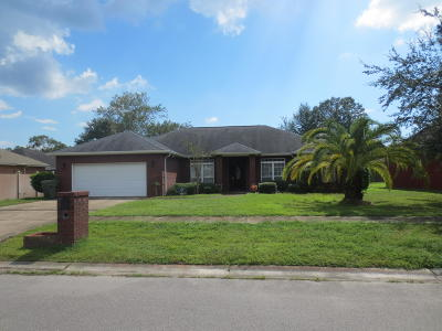 Lynn Haven Single Family Home For Sale: 402 Landings Drive