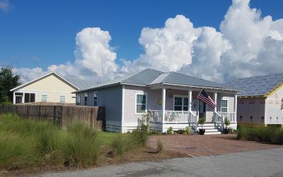 Single Family Home For Sale: 480 Paradise Boulevard