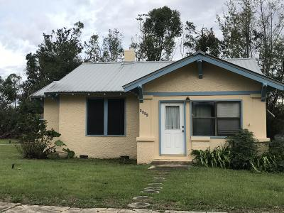 Jackson County Single Family Home For Sale: 4352 Deering Street