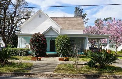 Jackson County Single Family Home For Sale: 2919 Madison Street