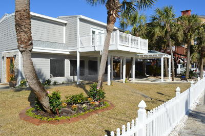 Single Family Home For Sale: 6716 Gulf Drive