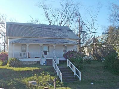 Jackson County Single Family Home For Sale: 2787 Caledonia Street
