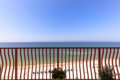 Panama City Beach Condo/Townhouse For Sale: 7115 Thomas Drive #1203