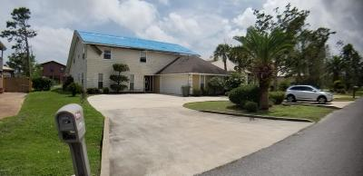 Single Family Home For Sale: 2005 N Harbour Drive