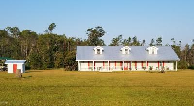 Calhoun County Single Family Home For Sale: 18578 NE Frank Williams Lane