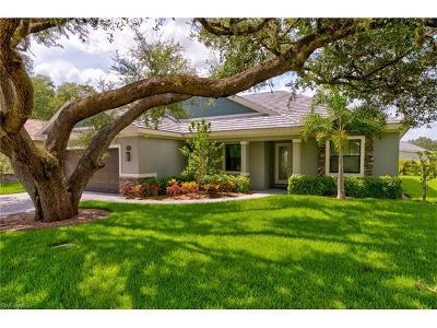 Bonita Springs Single Family Home For Sale: 11581 Pin Oak Dr
