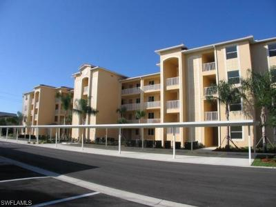 Fort Myers Condo/Townhouse Pending With Contingencies: 8251 Pathfinder Loop #648