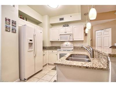 Cape Coral Condo/Townhouse For Sale: 1077 Winding Pines Cir #105