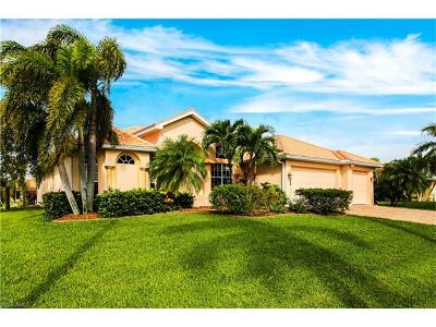 Cape Coral Single Family Home For Sale: 5224 SW 18th Ave