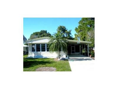 Bonita Springs Single Family Home For Sale: 9306 Knight Rd