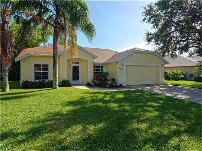 Estero Single Family Home For Sale: 22131 Seashore Cir