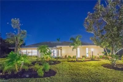 Naples Single Family Home For Sale: 2001 Alamanda Dr