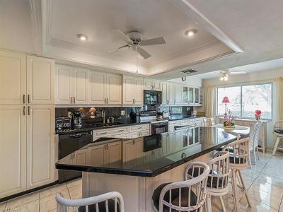 Bonita Springs Condo/Townhouse For Sale: 27740 Hacienda East Blvd #209D